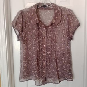 Forever 21 button down floral blouse